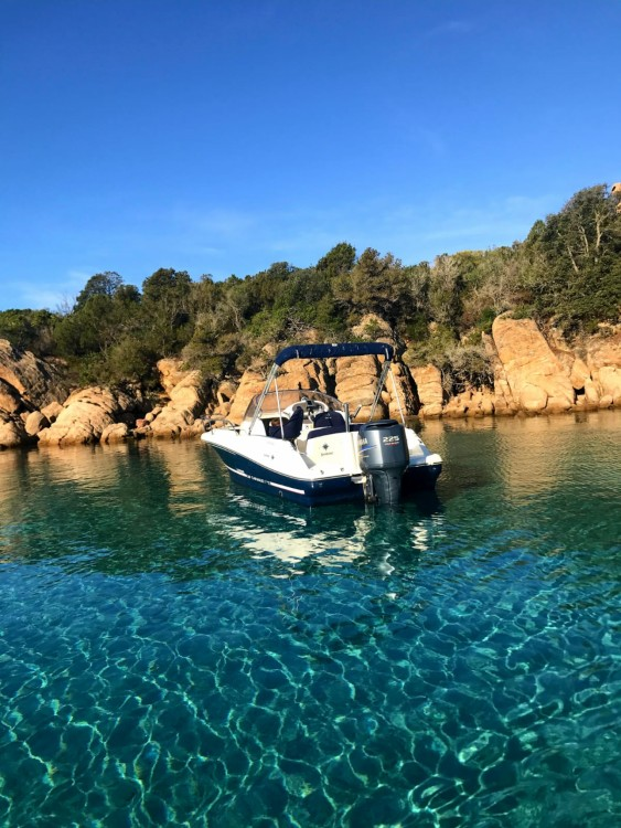 Motorboot te huur in Belvédère-Campomoro voor de beste prijs