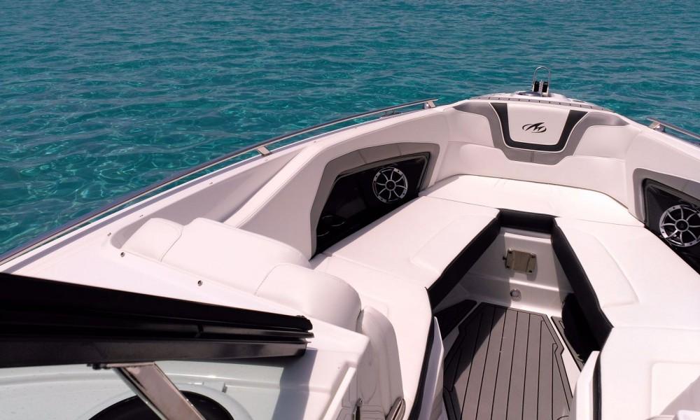 Motorboot te huur in Marina Ibiza voor de beste prijs