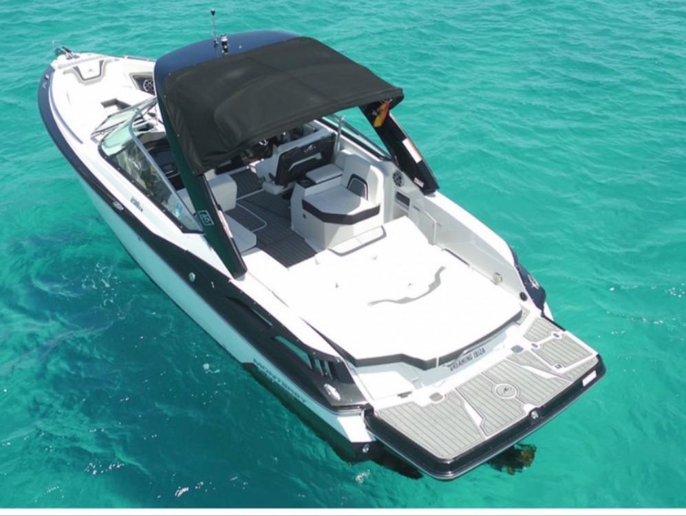 Jachthuur in Marina Ibiza - Monterey 298 SS via SamBoat