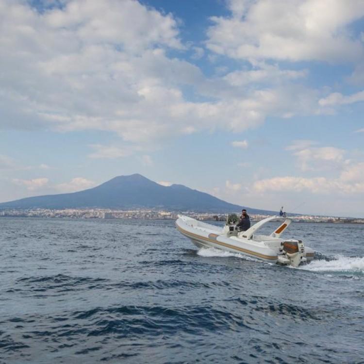 Huur Rubberboot met of zonder schipper Vira in Castellammare di Stabia