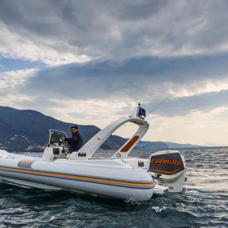 Bootverhuur THUNDER BAT 7.5 MT in Castellammare di Stabia via SamBoat