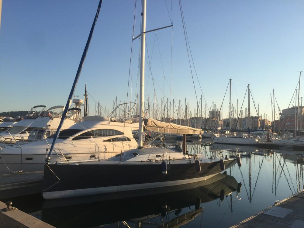 Bootverhuur Jeanneau JTA 40 in Marseille via SamBoat