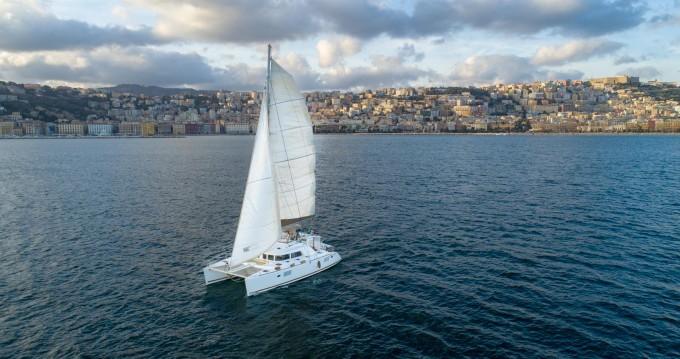 Huur Catamaran met of zonder schipper Lagoon in Napels