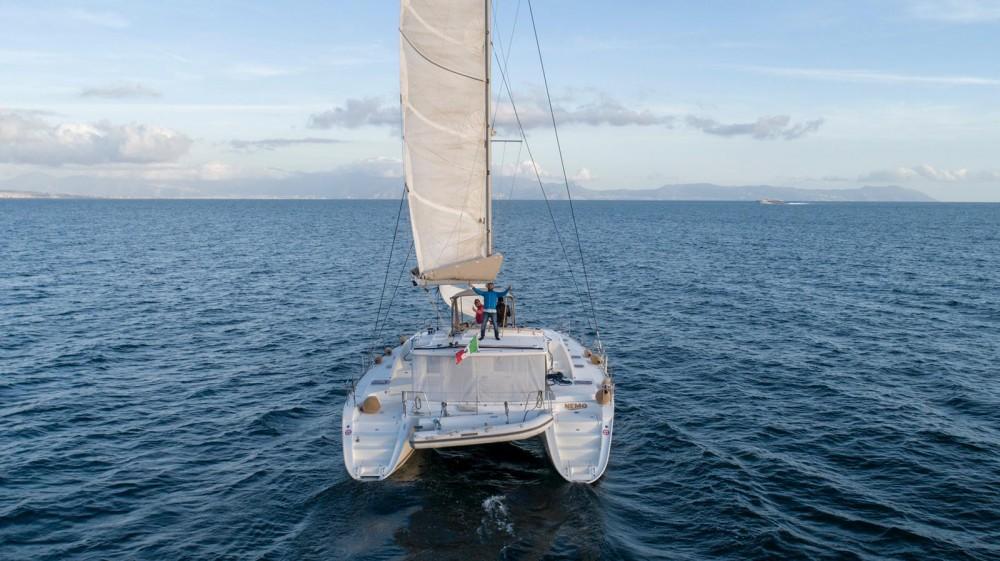 Huur Catamaran met of zonder schipper Lagoon in Naples