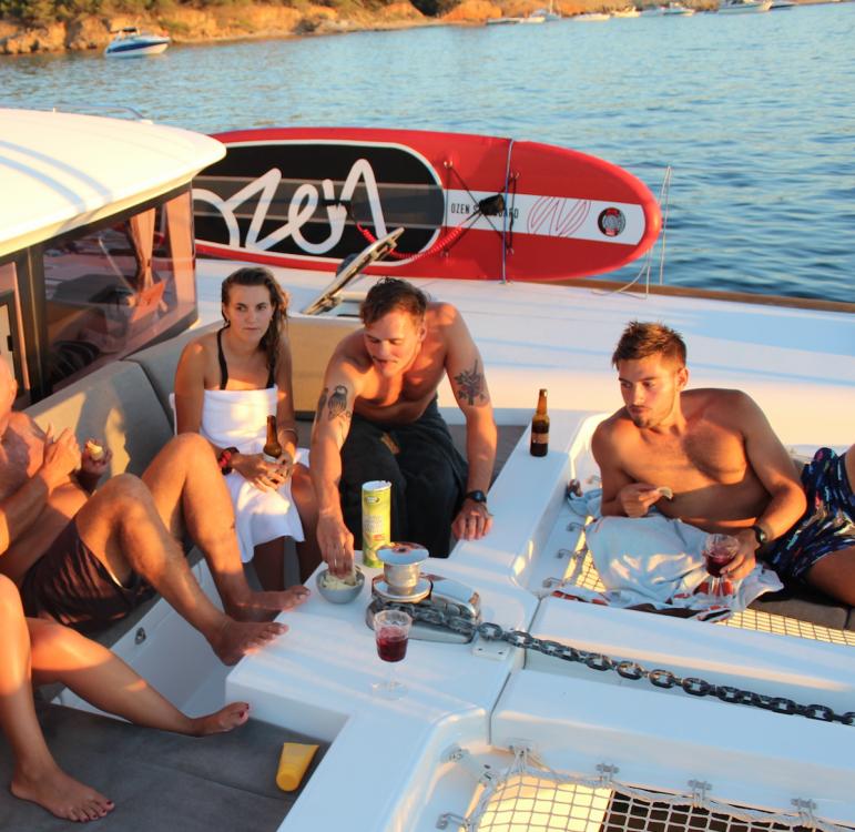 Bootverhuur Hyères goedkoop Lagoon 450 F