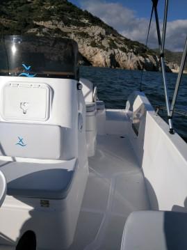 Bootverhuur Port Ginesta goedkoop AXTILUX 600 OPEN