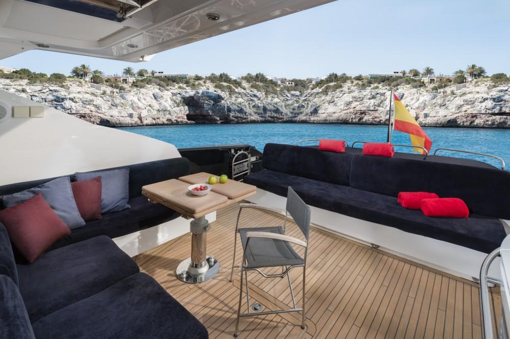 Verhuur Jacht in Eivissa - Sunseeker Predator 74
