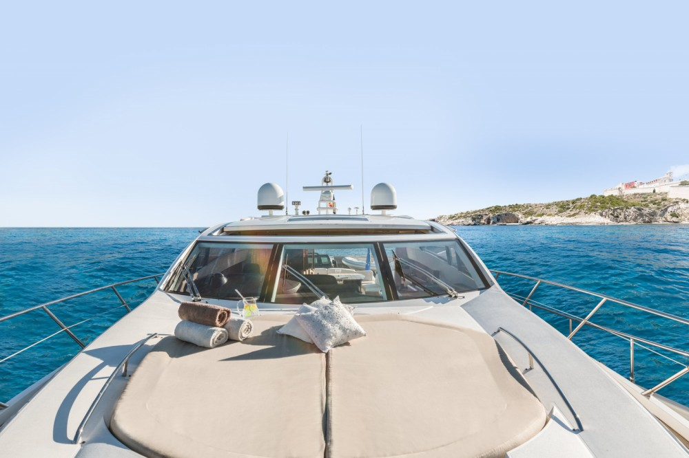 Bootverhuur Sunseeker Predator 72 in Eivissa via SamBoat