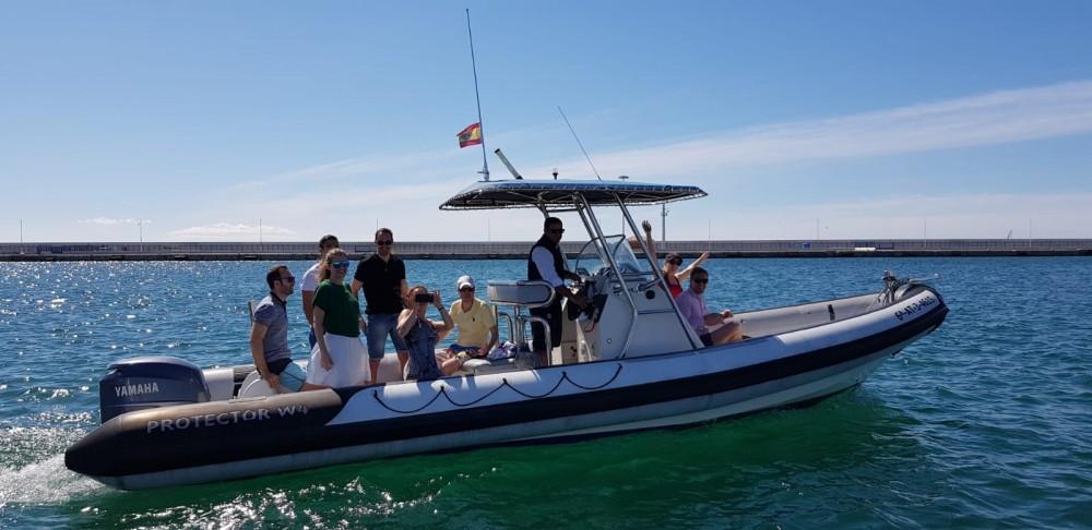 Verhuur Rubberboot in Alicante - Rayglass Protector 8.5 Cabin
