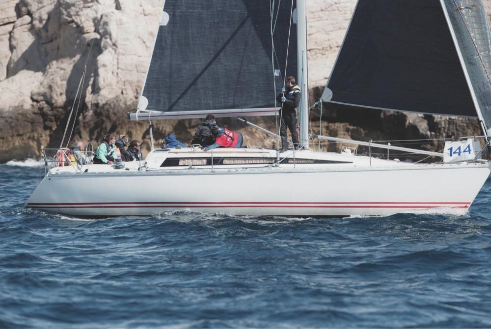 Jeanneau Sun Fast 39 te huur van particulier of professional in Marseille