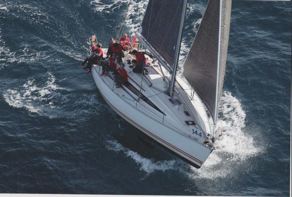 Bootverhuur Jeanneau Sun Fast 39 in Marseille via SamBoat