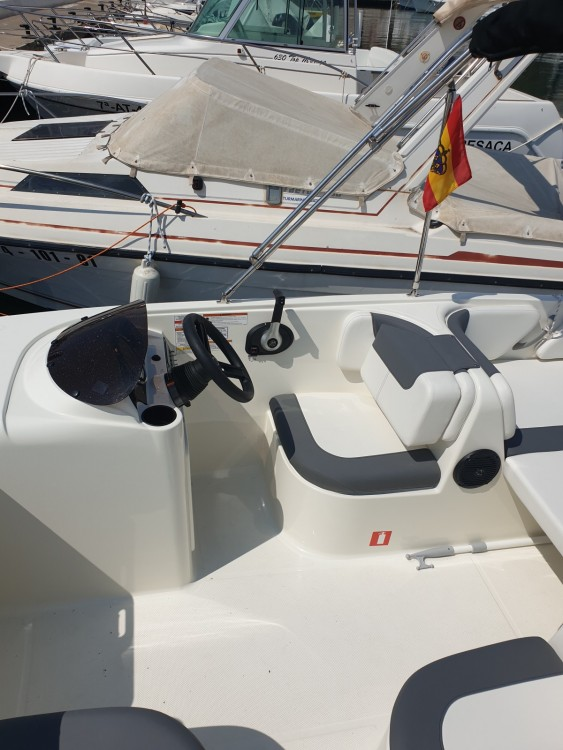 Bayliner E6 te huur van particulier of professional in Altea