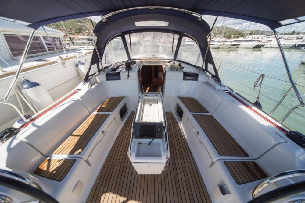 Jeanneau Sun Odyssey 449 te huur van particulier of professional in Olbia