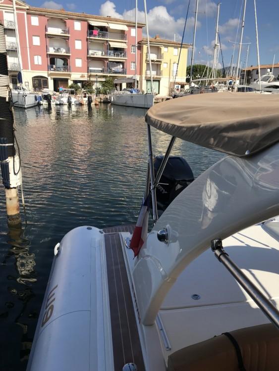 Huur Rubberboot met of zonder schipper Wimbi Boats in Grimaud