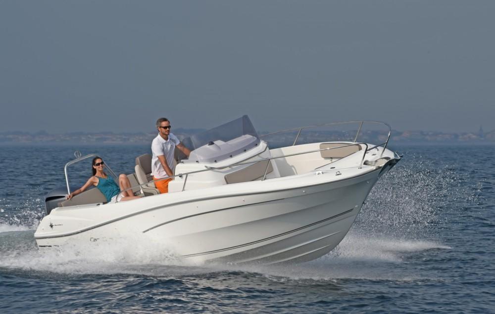 Verhuur Motorboot in Maó - Jeanneau Cap Camarat 7.5 CC Serie 2