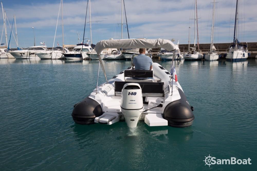 Verhuur Rubberboot Ranieri met vaarbewijs