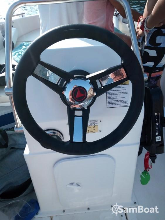 Bootverhuur compass Compass 400 in Santa Eulària des Riu via SamBoat