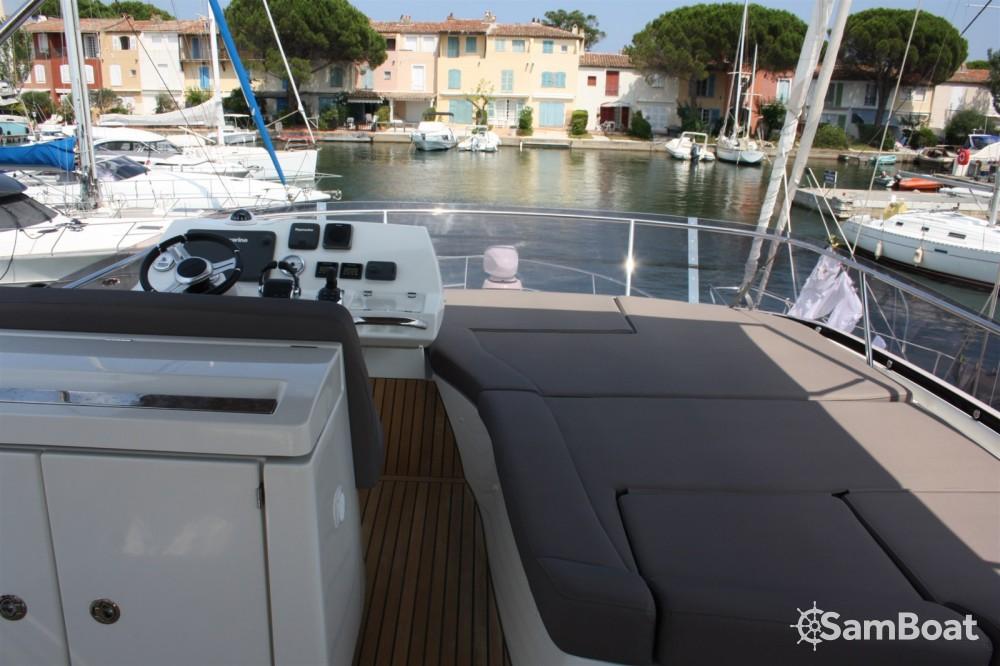 Jachthuur in Cogolin - Prestige Prestige 500 Fly via SamBoat