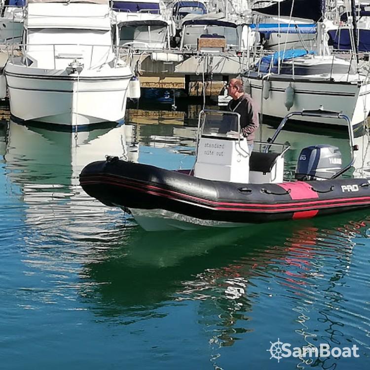 Rubberboot te huur in Cogolin voor de beste prijs