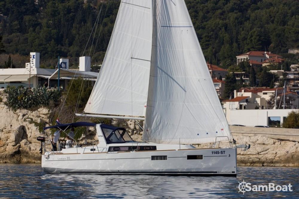 Bénéteau Oceanis 35 Cruiser te huur van particulier of professional in Split