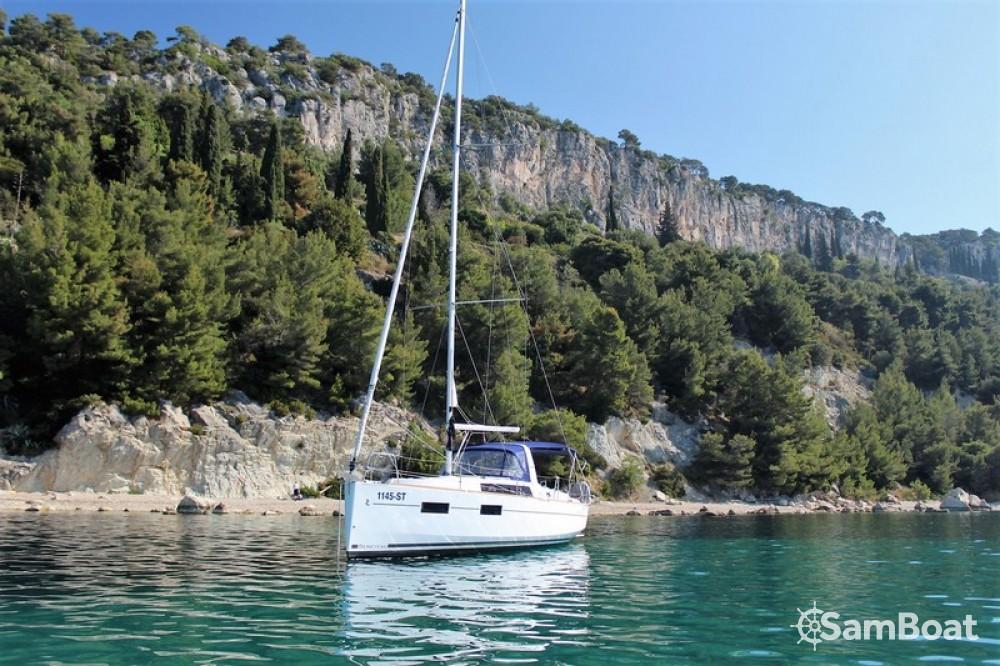 Huur Zeilboot met of zonder schipper Bénéteau in Split
