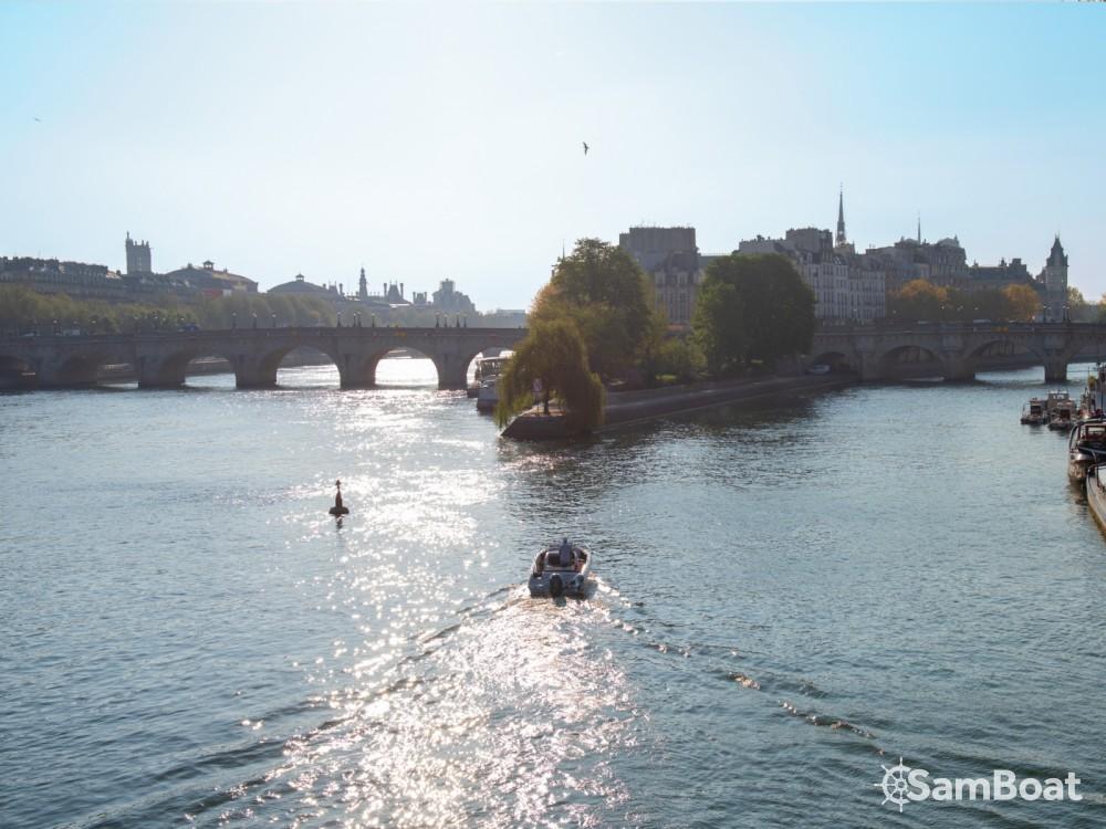 Jachthuur in Parijs - Pacific Craft Pacific Craft 670 Open via SamBoat