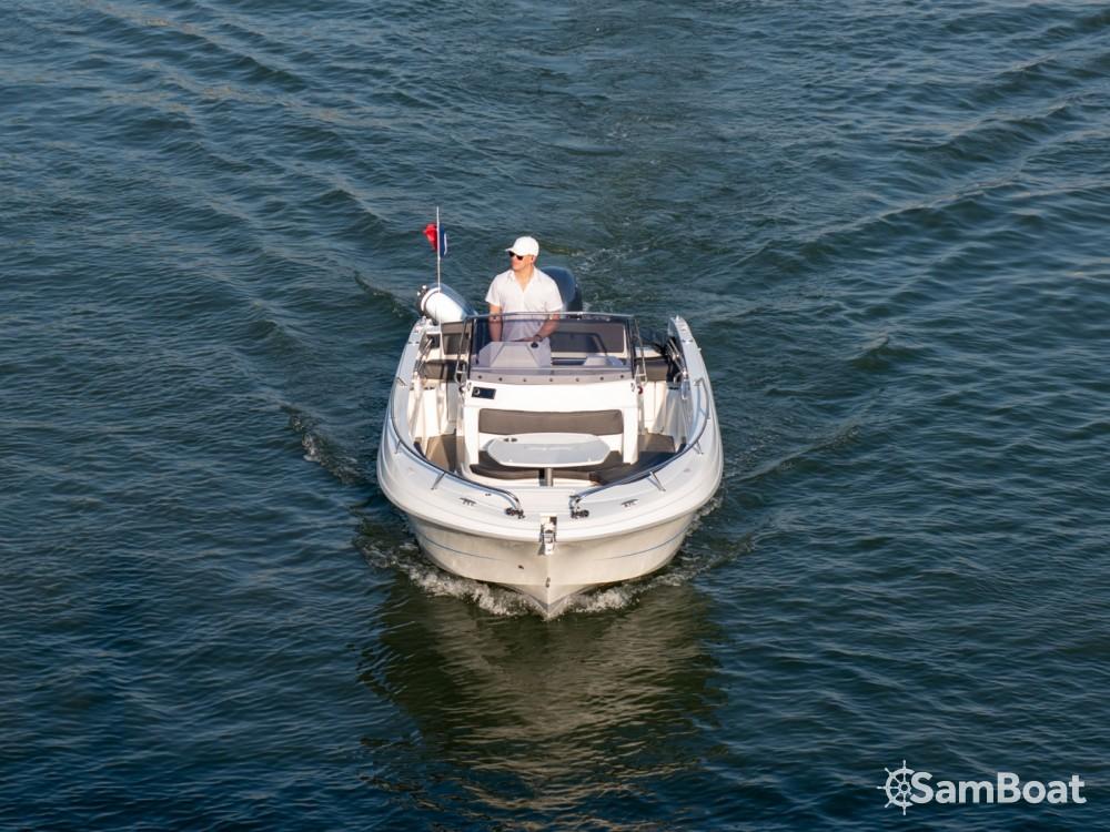 Verhuur Motorboot in Parijs - Pacific Craft Pacific Craft 670 Open