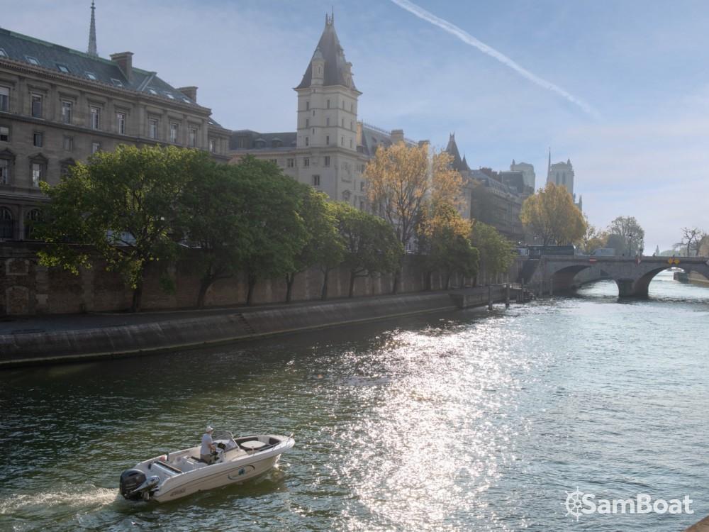 Bootverhuur Pacific Craft Pacific Craft 670 Open in Parijs via SamBoat