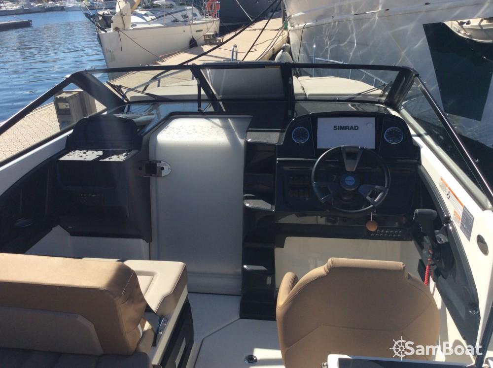 Huur een Quicksilver Activ 755 Cruiser in Marseille