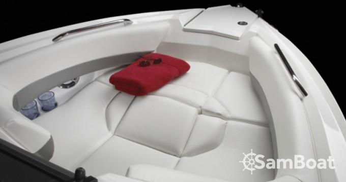 Bootverhuur Larson 268 Lxi in Split via SamBoat