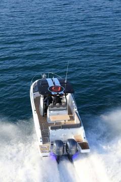 Verhuur Motorboot in Cogolin - Jeanneau Cap Camarat 9.0 CC