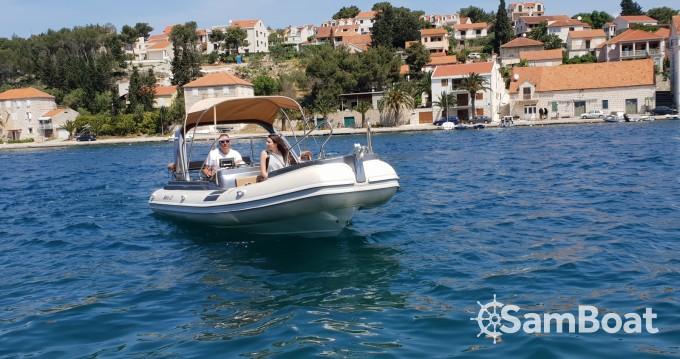 Jachthuur in Split - Shark BF 23 Sport via SamBoat
