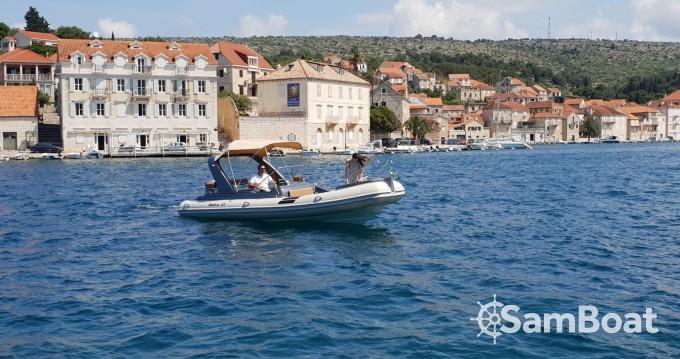 Bootverhuur Shark BF 23 Sport in Split via SamBoat