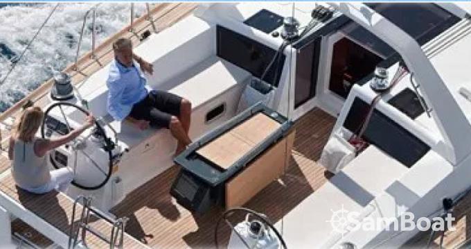 Verhuur Zeilboot in Port Grimaud - Bénéteau Oceanis 48