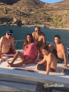 Cranchi Mediterranee 40 te huur van particulier of professional in Serifos