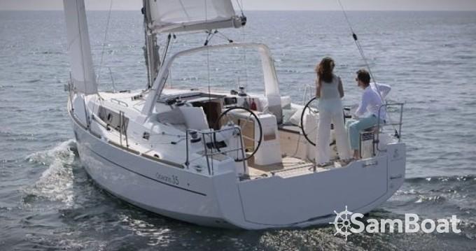 Zeilboot te huur in Arzon voor de beste prijs