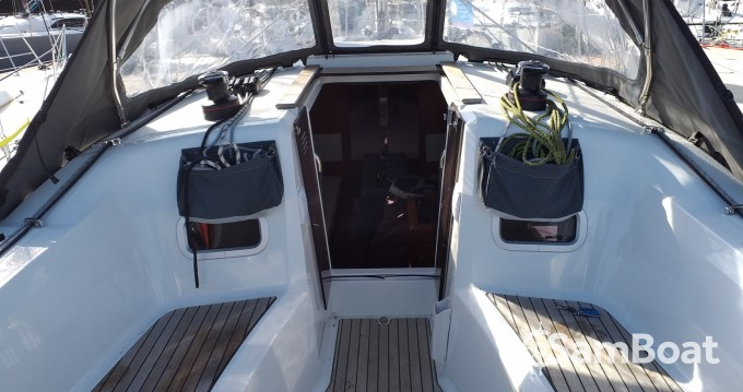 Jachthuur in La Trinité-sur-Mer - Jeanneau Sun Odyssey 349 via SamBoat