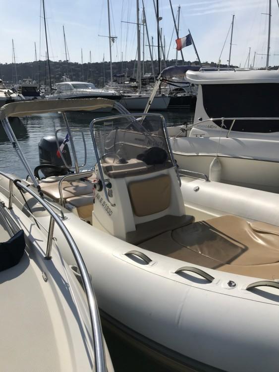Huur Rubberboot met of zonder schipper Zodiac in Cannes