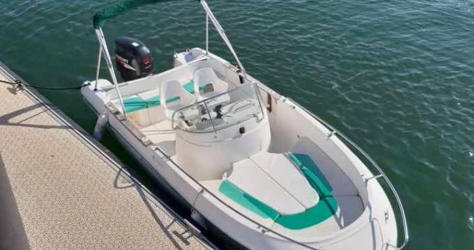 Verhuur Motorboot in Lège-Cap-Ferret - Jeanneau Cap Camarat 625