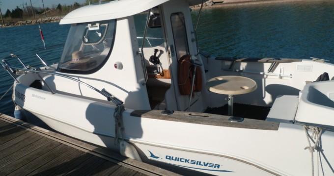 Huur Motorboot met of zonder schipper Quicksilver in Marseillan