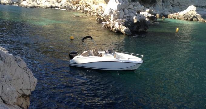 Quicksilver Activ 555 Open Edition Smart te huur van particulier of professional in Toulon