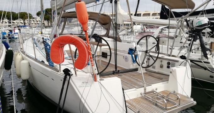 Verhuur Zeilboot in Port-Camargue - Dufour Dufour 45 E Performance