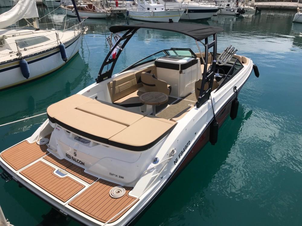 Bootverhuur Sea Ray SPX 230 in  via SamBoat