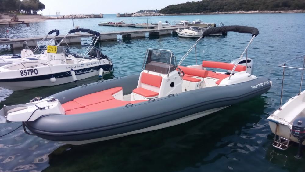 Jachthuur in Vrsar - Marlin Boat MARLIN 790 PRO GRAY ORANGE via SamBoat