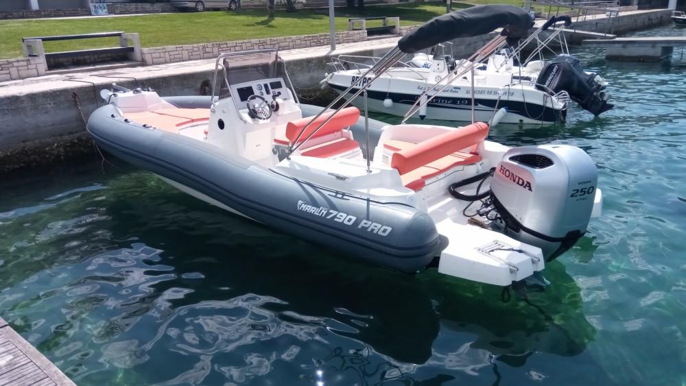 Bootverhuur Marlin Boat MARLIN 790 PRO GRAY ORANGE in Vrsar via SamBoat