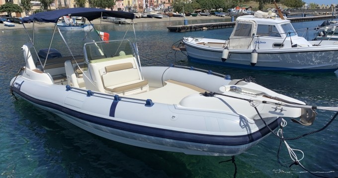 Bootverhuur Marlin Boat Marlin 23 in Panarea via SamBoat