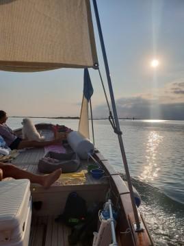 Barca d'epoca in legno  Gozzo te huur van particulier of professional in Treporti