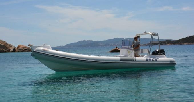 Huur een Sacs Sacs S 750 in La Maddalena
