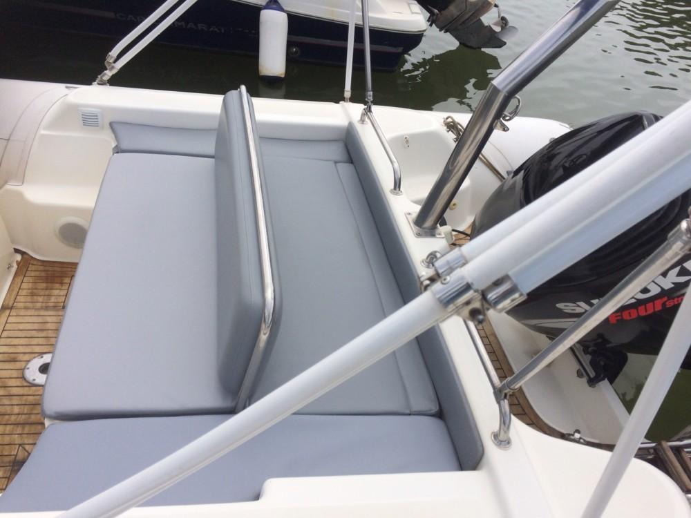 Verhuur Rubberboot in Hyères - Joker Boat Clubman 26