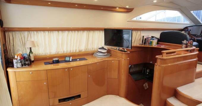 Motorboot te huur in La Spezia voor de beste prijs